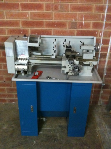 tools:lathe [The Perth Artifactory Wiki [ Shared ]]