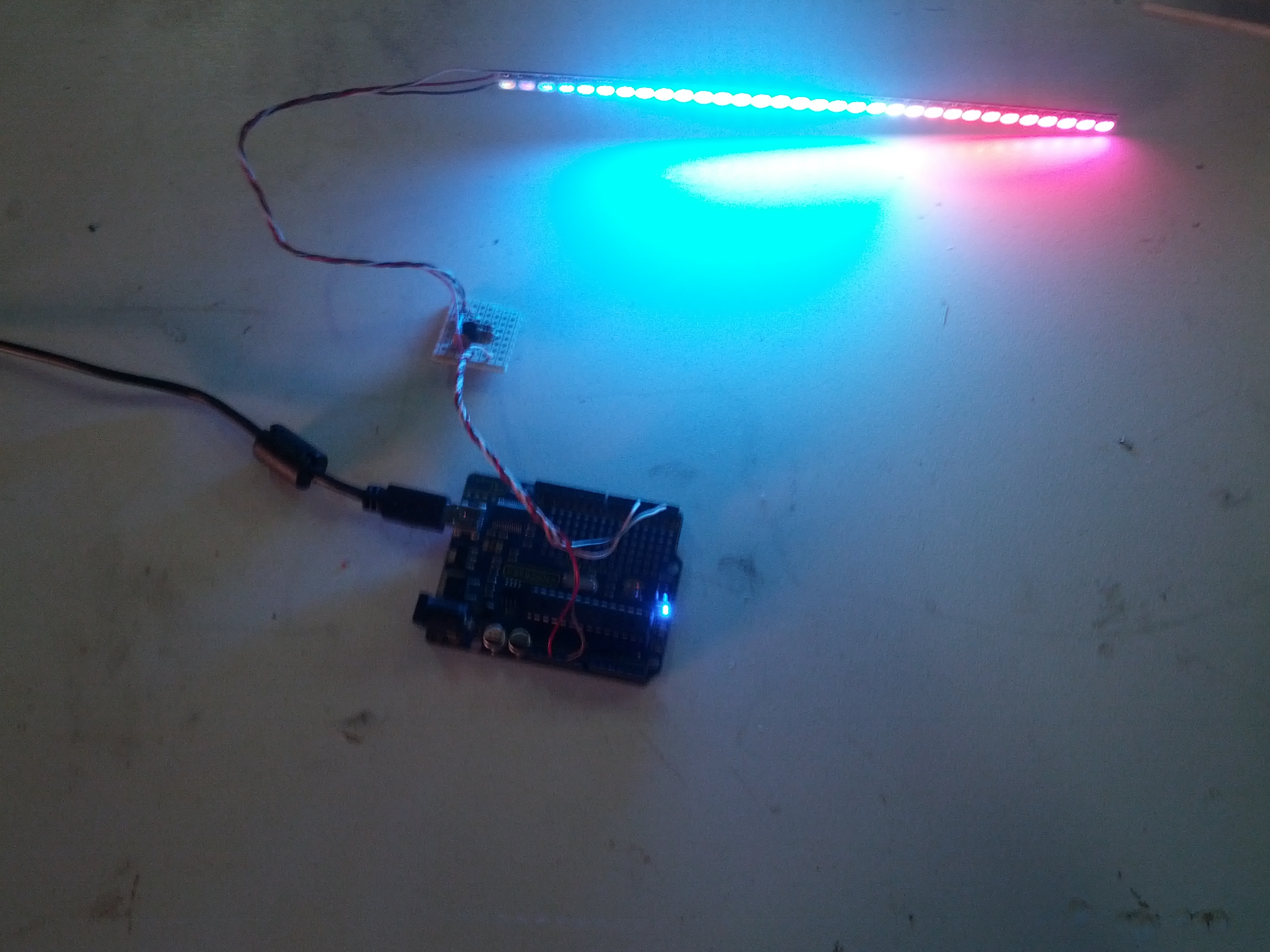 projects:ws2811_32ledbar.jpg