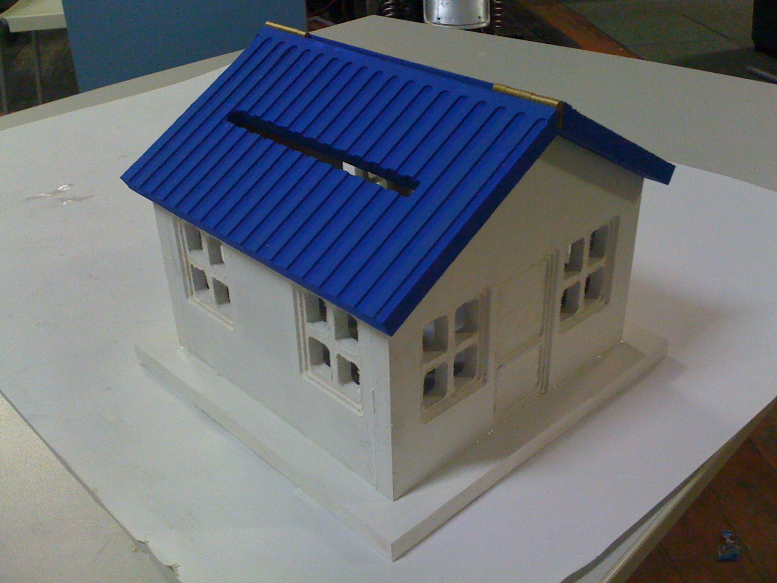 projects:swarfomat_dollhouse2.jpg